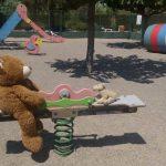 La Colombina, les mascotes al parc jugant